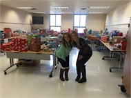 SGS Staff Help Children Have a Wonderful Christmas