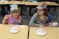 Lee Ann Chapman's 1st Grade 100th  Day activities.