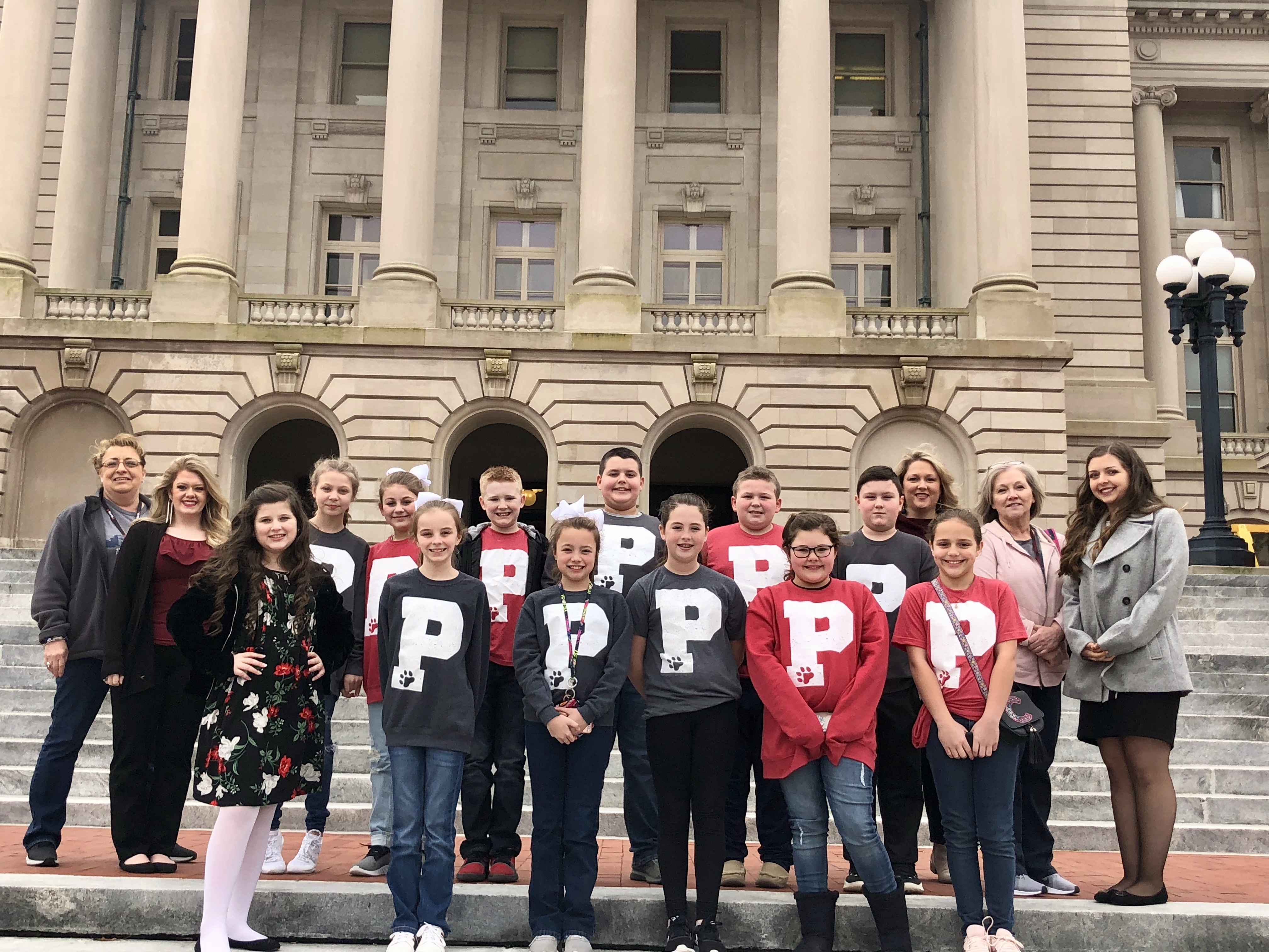 Magoffin County Students participate in FRYSC Page Day at Frankfort