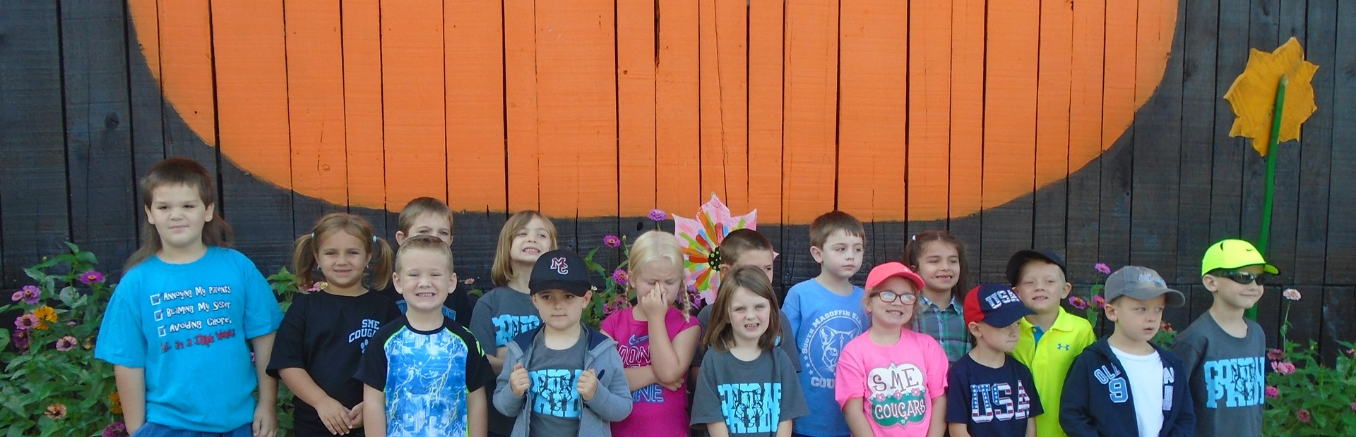 South Magoffin Elementary students visit the Pumpkin Patch